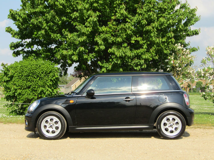 Image of MINI COOPER D, used cars available in Bradford Abbas, Sherborne, Dorset