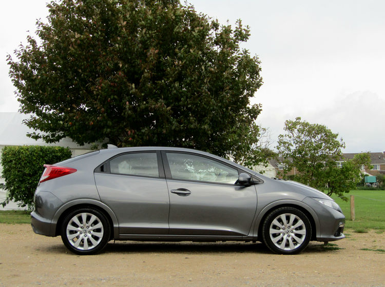 Image of HONDA CIVIC 1.8 I-VTEC EX, used cars available in Bradford Abbas, Sherborne, Dorset