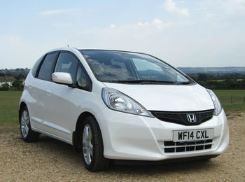 HONDA JAZZ 1.4 i-VTEC ES PLUS AUTOMATIC