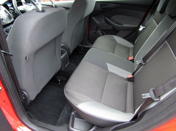 Image of FORD FOCUS 1.6 Ti-VCT STUDIO, used cars available in Bradford Abbas, Sherborne, Dorset