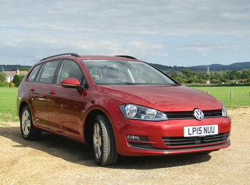 VOLKSWAGEN GOLF 2.0 TDI BLUEMOTION ESTATE
