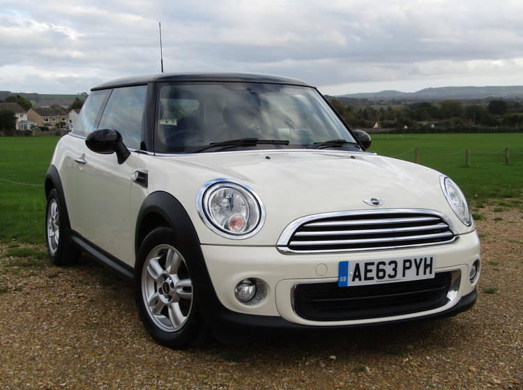 Image of MINI ONE 1.6 (PEPPER PACK), used cars available in Bradford Abbas, Sherborne, Dorset