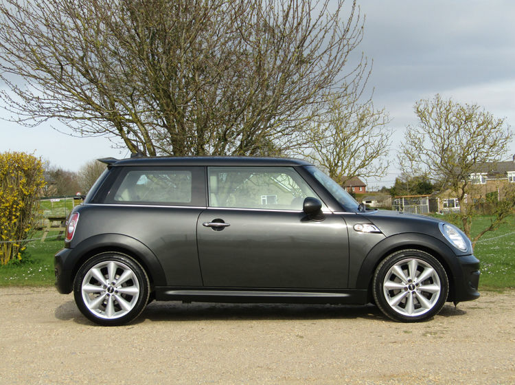 Image of MINI COOPER S 1.6, used cars available in Bradford Abbas, Sherborne, Dorset