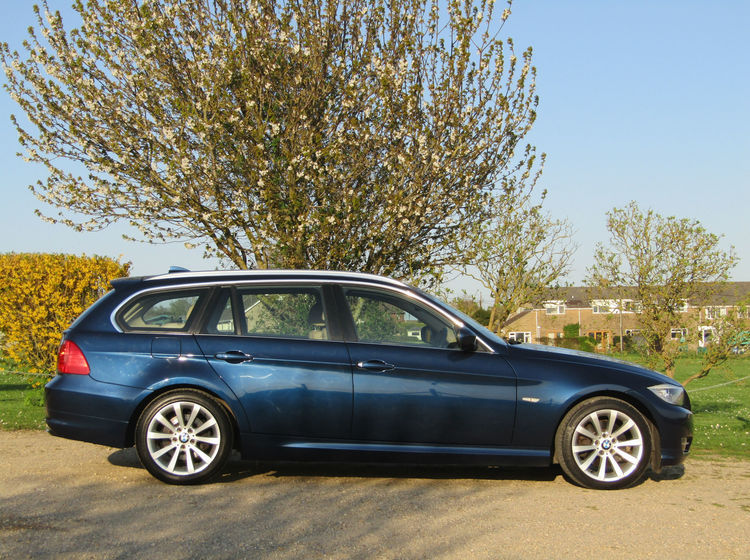 Image of BMW 318D 2.0 TOURING EXCLUSIVE EDITION, used cars available in Bradford Abbas, Sherborne, Dorset
