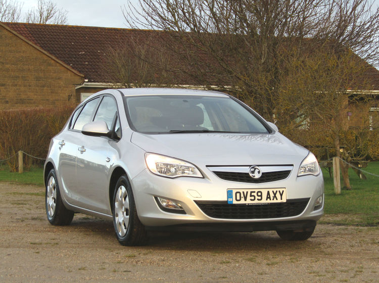 Image of VAUXHALL ASTRA 1.6 EXCLUSIV, used cars available in Bradford Abbas, Sherborne, Dorset