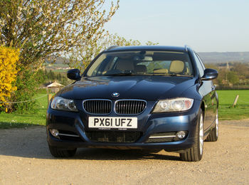 BMW 318D 2.0 TOURING EXCLUSIVE EDITION