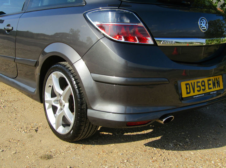 Image of VAUXHALL ASTRA 1.8 SRI EXTERIOR PACK SPORT HATCH, used cars available in Bradford Abbas, Sherborne, Dorset
