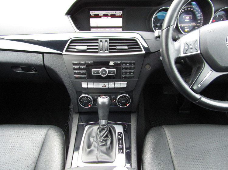 Image of MERCEDES BENZ C CLASS C220 2.1 CDI BLUE EFFICIENCY EXECUTIVE SE AUTOMATIC , used cars available in Bradford Abbas, Sherborne, Dorset