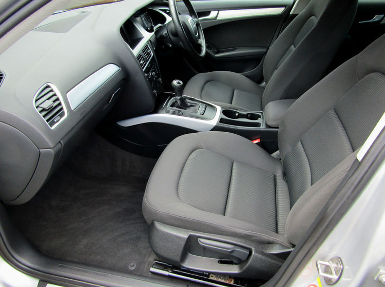 Image of AUDI A4 AVANT 2.0 TDI SE, used cars available in Bradford Abbas, Sherborne, Dorset
