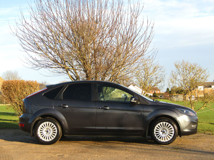 Image of FORD FOCUS 1.6 TITANIUM, used cars available in Bradford Abbas, Sherborne, Dorset